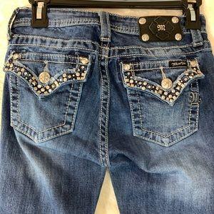 Miss Me Juniors lightly embellished Jeans SZ 16!!
